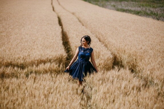village, pretty girl, villager, wheatfield, agriculture, rye, field, wheat, cereal, girl