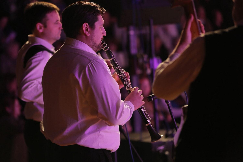 musicien, trompettiste, salle de concert, Vie nocturne, boîte de nuit, performances, chanteur, concert, musique, bande