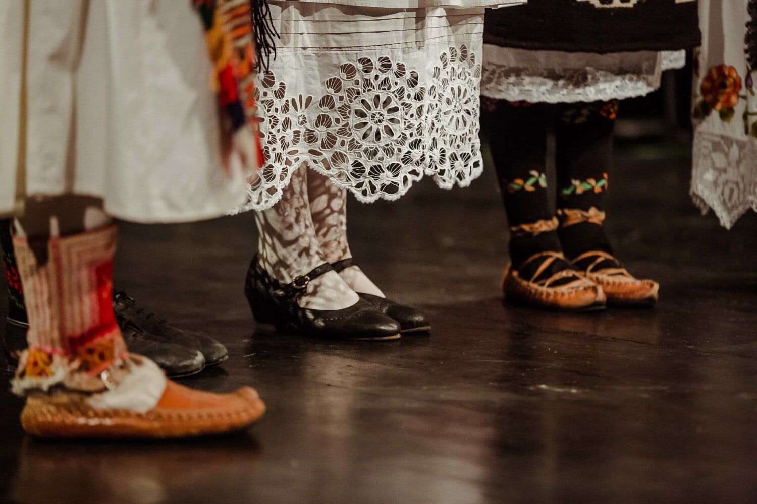 skirt, shoes, dress, tradition, outfit, traditional, footwear, covering, shoe, foot