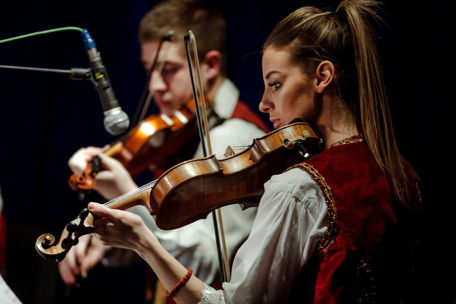 couple, violin, musician, concert, music, performance, instrument, classic, woman, people