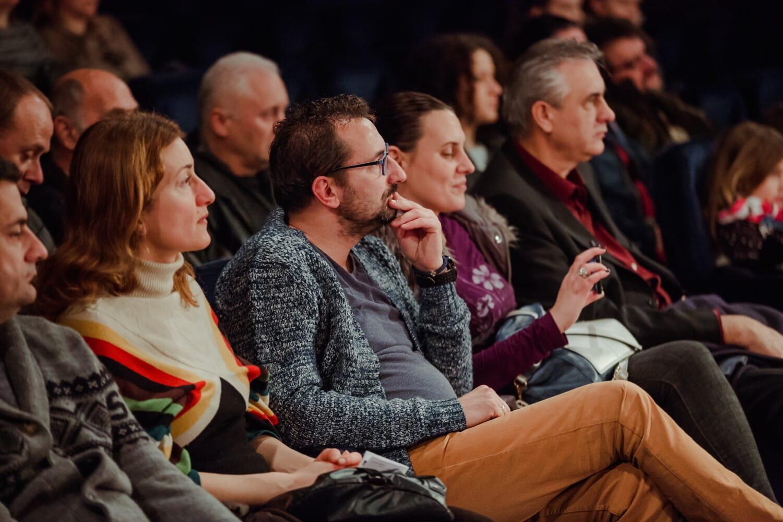 Théâtre, foule, assis, cinéma, public, gens, ensemble, Groupe, homme, spectateur