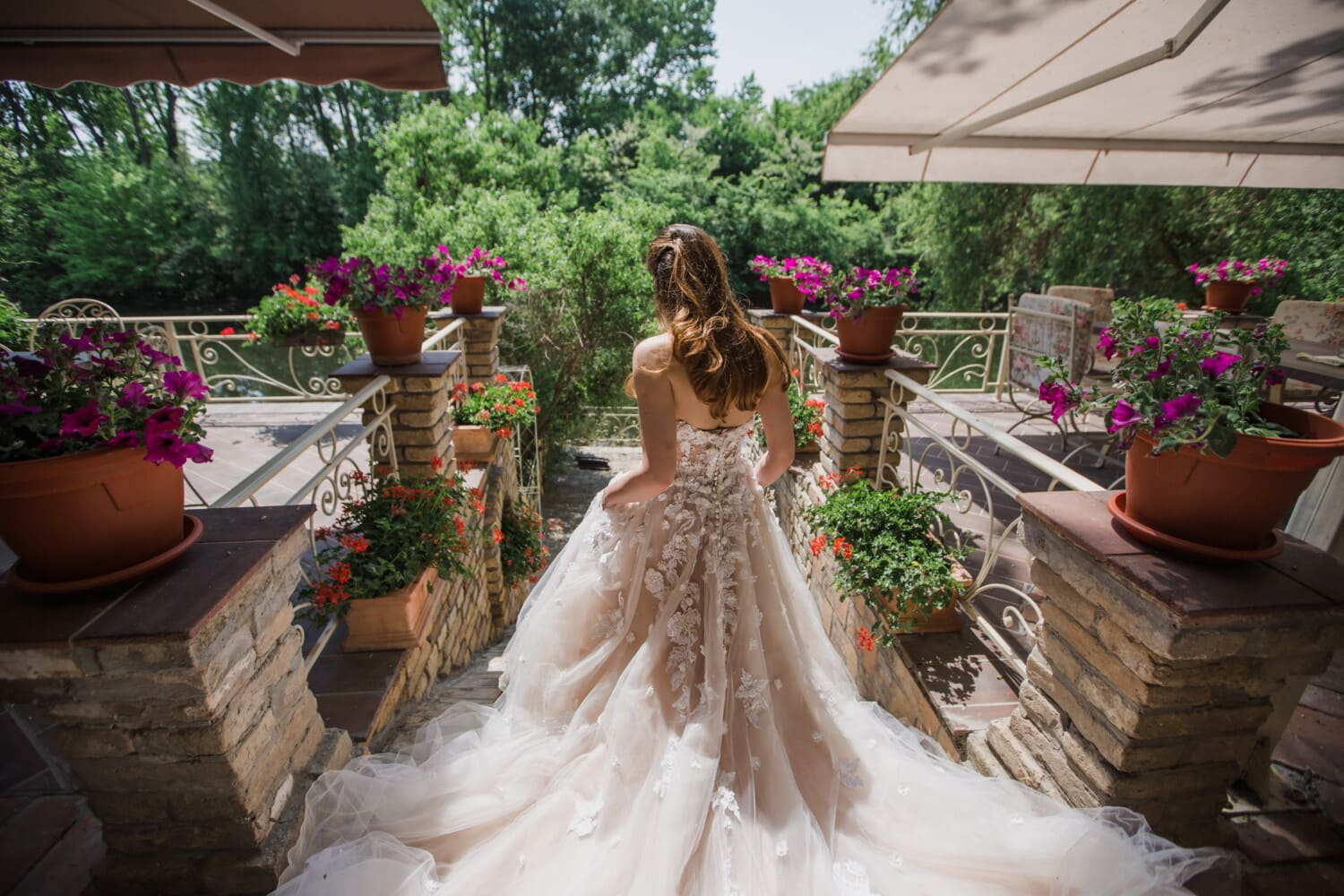 bride, flowerpot, flower garden, wedding dress, balcony, wedding, love, marriage, flower, bouquet