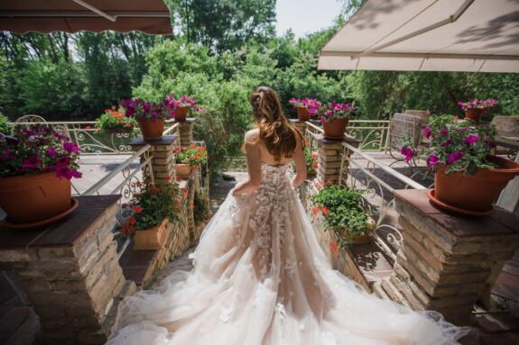 novia, maceta, jardín de flores, vestido de novia, balcón, boda, amor, matrimonio, flor, ramo de la
