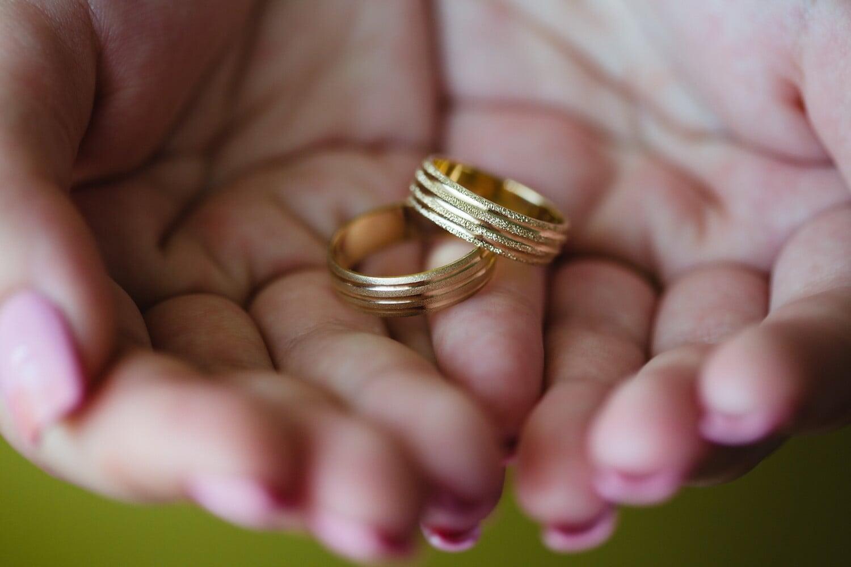 anneaux, Or, éclat doré, mains, doigt, main, amour, femme, jeune fille, peau