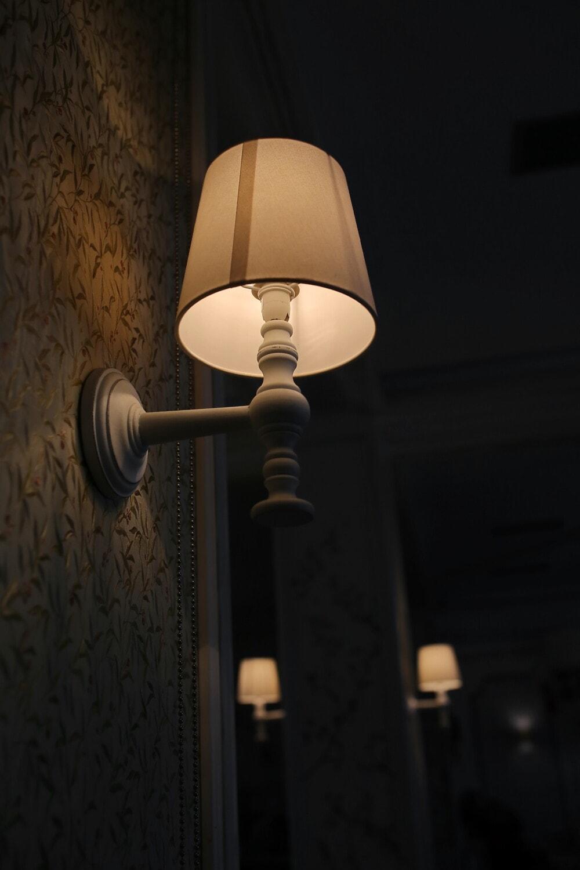 couloir, lampe, vintage, hôtel, élégant, lumière, illumination, ombre, meubles, nuit