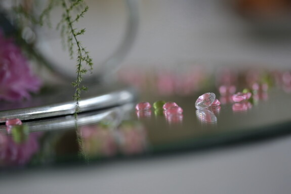 reflection, crystal, mirror, glass, pinkish, close-up, still life, flower, blur, indoors