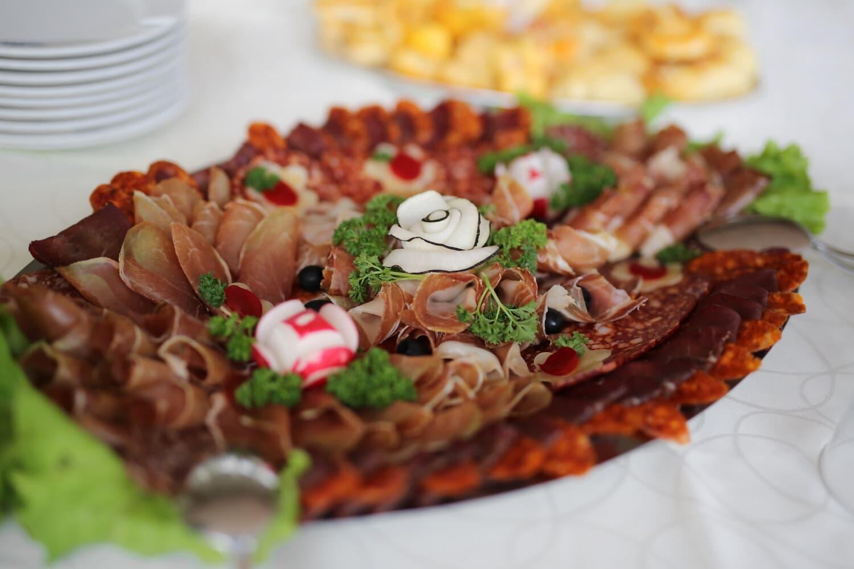salami, appetite, appetizer, buffet, radish, sausage, breakfast, bacon, ham, dish