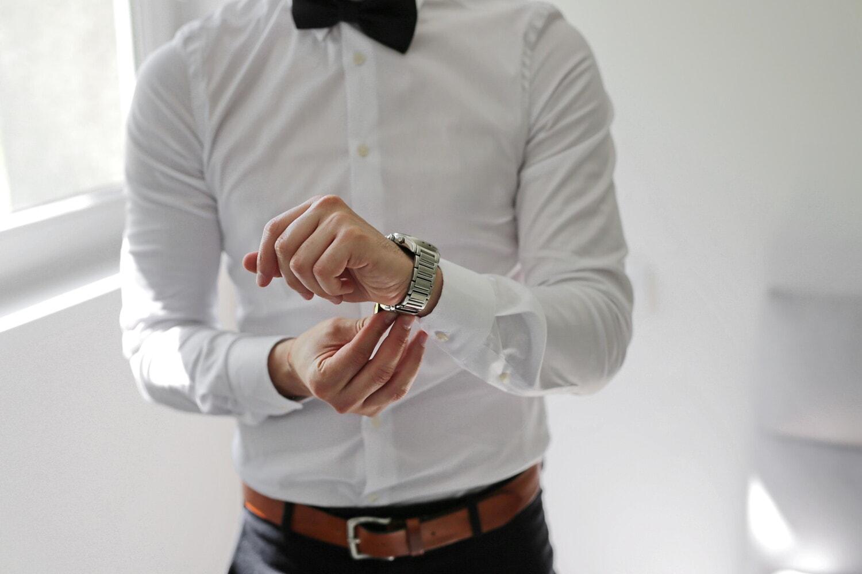 Schwarz, Krawatte Schmetterling, Shirt, weiß, Armbanduhr, Eleganz, Geschäftsmann, drinnen, Mann, Geschäft