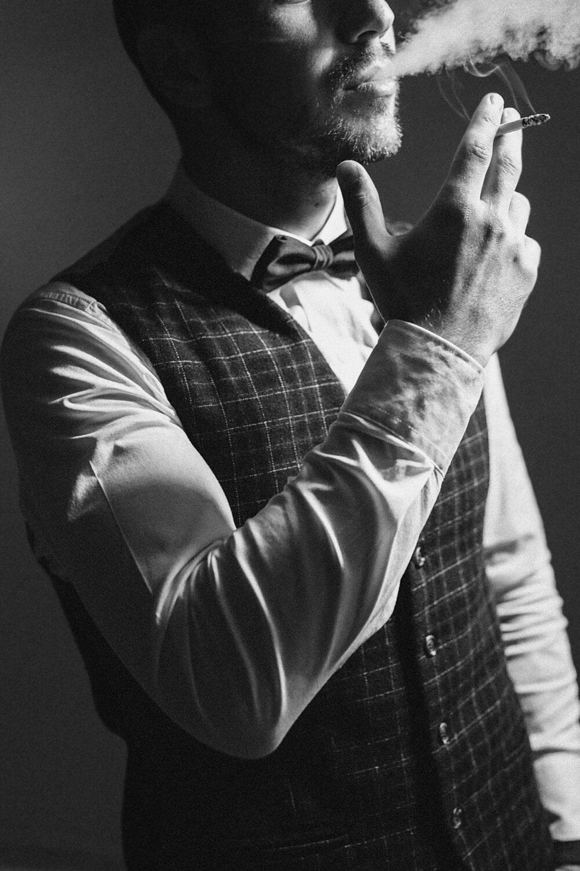 homme, fumée, costume de smoking, cigarette, gentilhomme, tabac, nœud papillon, Portrait, gens, monochrome