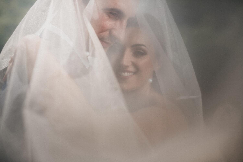 la mariée, jeune marié, en dessous, robe de mariée, voile, mariage, mariage, amour, femme, jeune fille