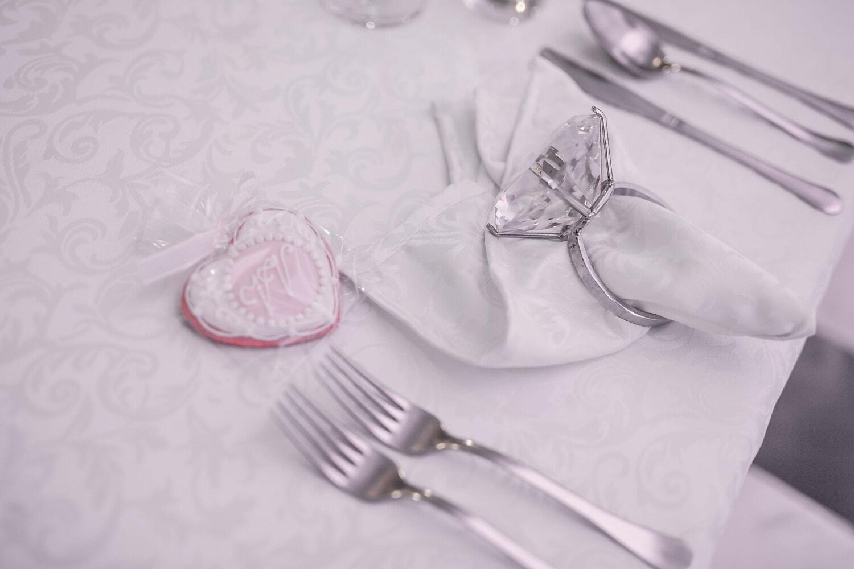 Esstisch, Valentinstag, Ring, Diamant, Herz, Serviette, Besteck, Besteck, Tabelle, Dekoration