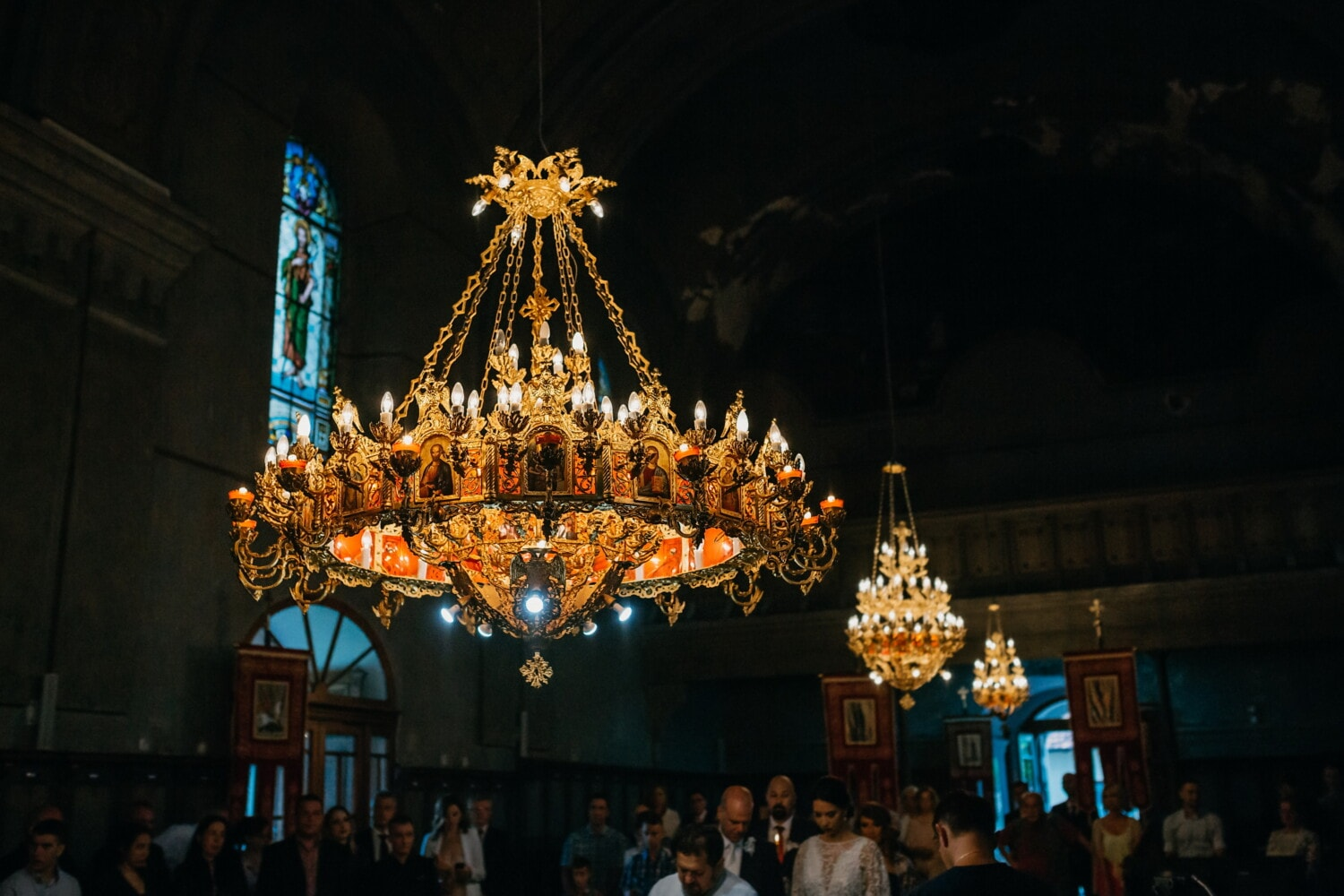 russian, church, orthodox, ceremony, wedding, crowd, people, religion, chandelier, architecture