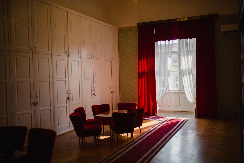 salon, room, red carpet, living room, parquet, empty, windows, curtain, comfortable, shadow