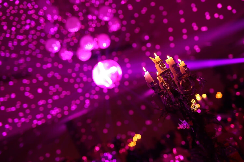'Nabend, Nachtclub, Nacht, Neujahr, Event, Innendekoration, Atmosphäre, Leuchter, Partei, spektakuläre