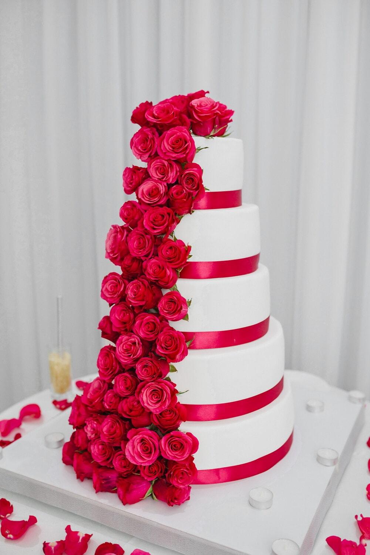 Tall, gâteau de mariage, élégant, des roses, rouge, décoration, mariage, célébration, fleur, Rose