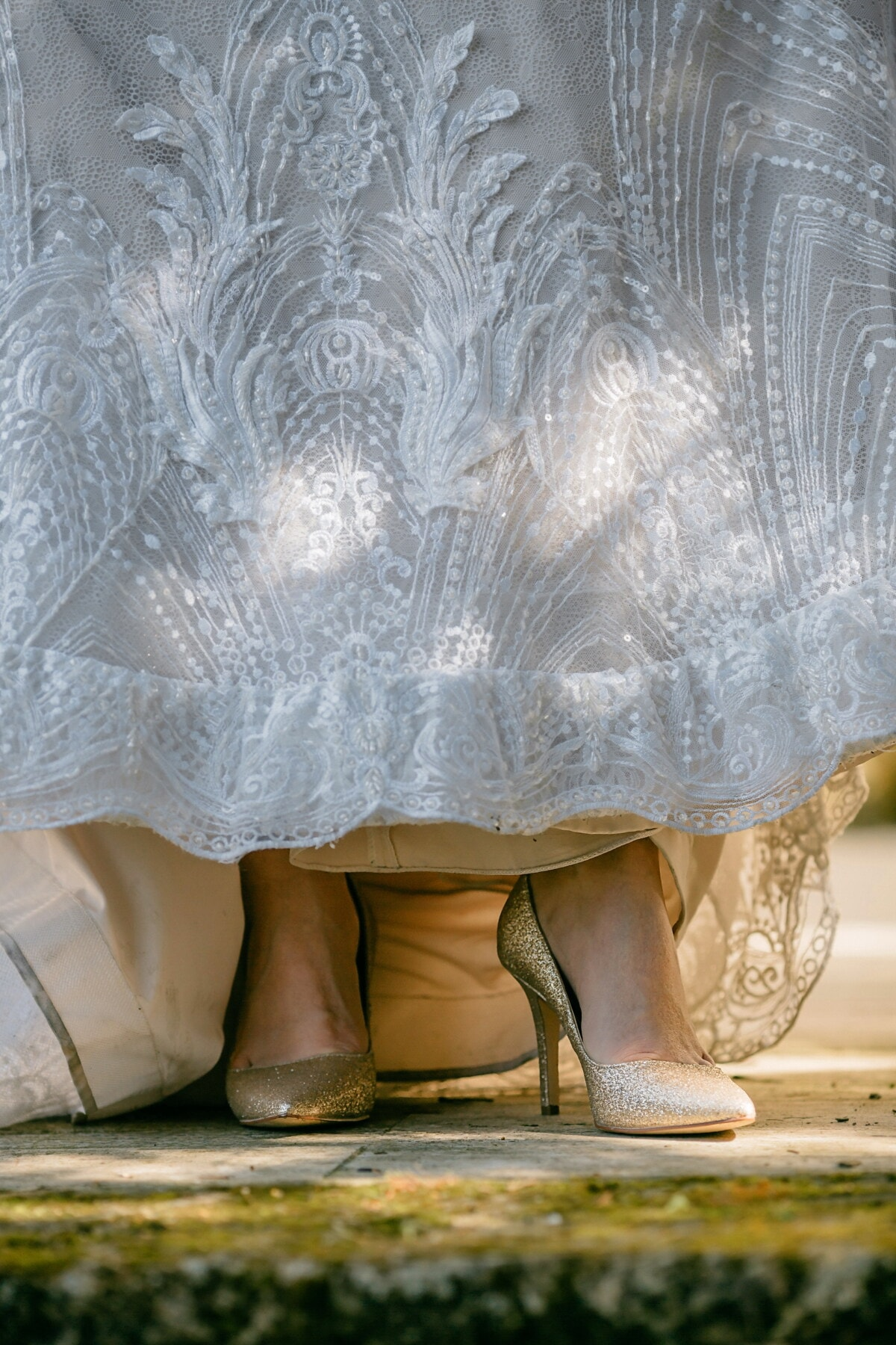 golden shine, sandal, glamour, legs, white, skirt, beautiful, fashion, art, vintage