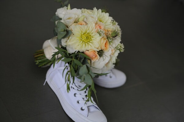 sneakers, white, photo studio, wedding bouquet, bouquet, flowers, rose, flower, still life, romance