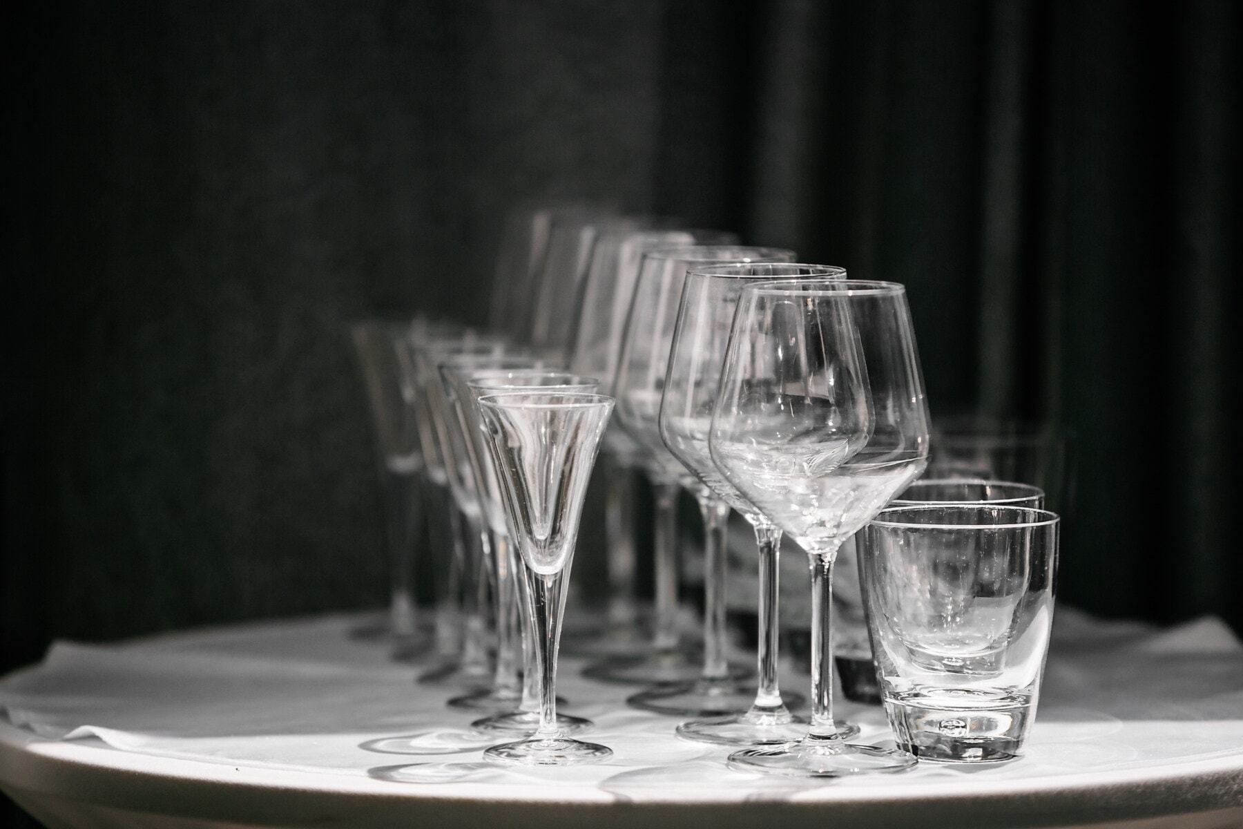 monochrome, crystal, glass, glassware, party, glasses, drink, container, tableware, restaurant