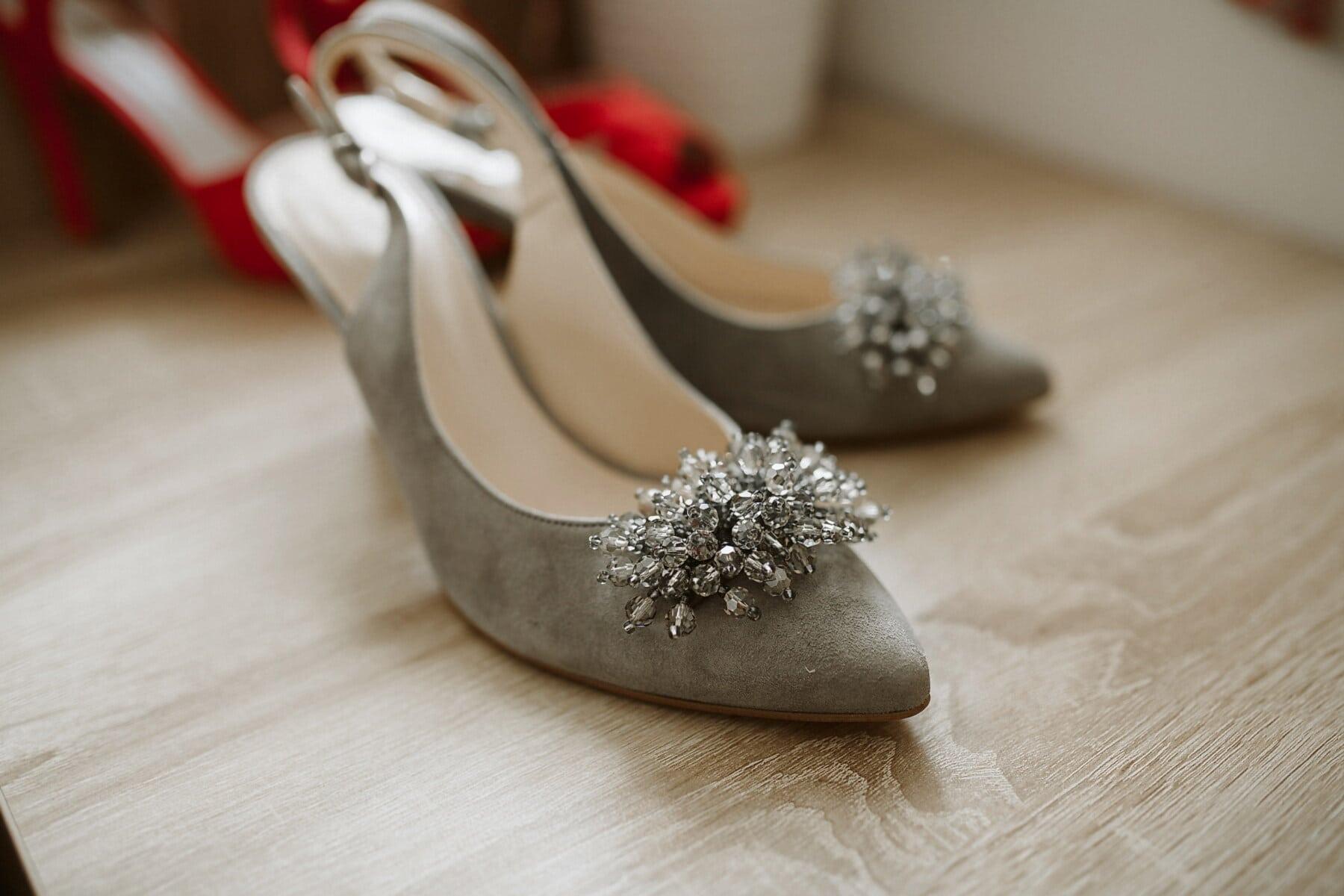 gri, çekicilik, Aksesuar, sandal, moda, Ayakkabı, Ayakkabı, Ayakkabı, ahşap, Natürmort