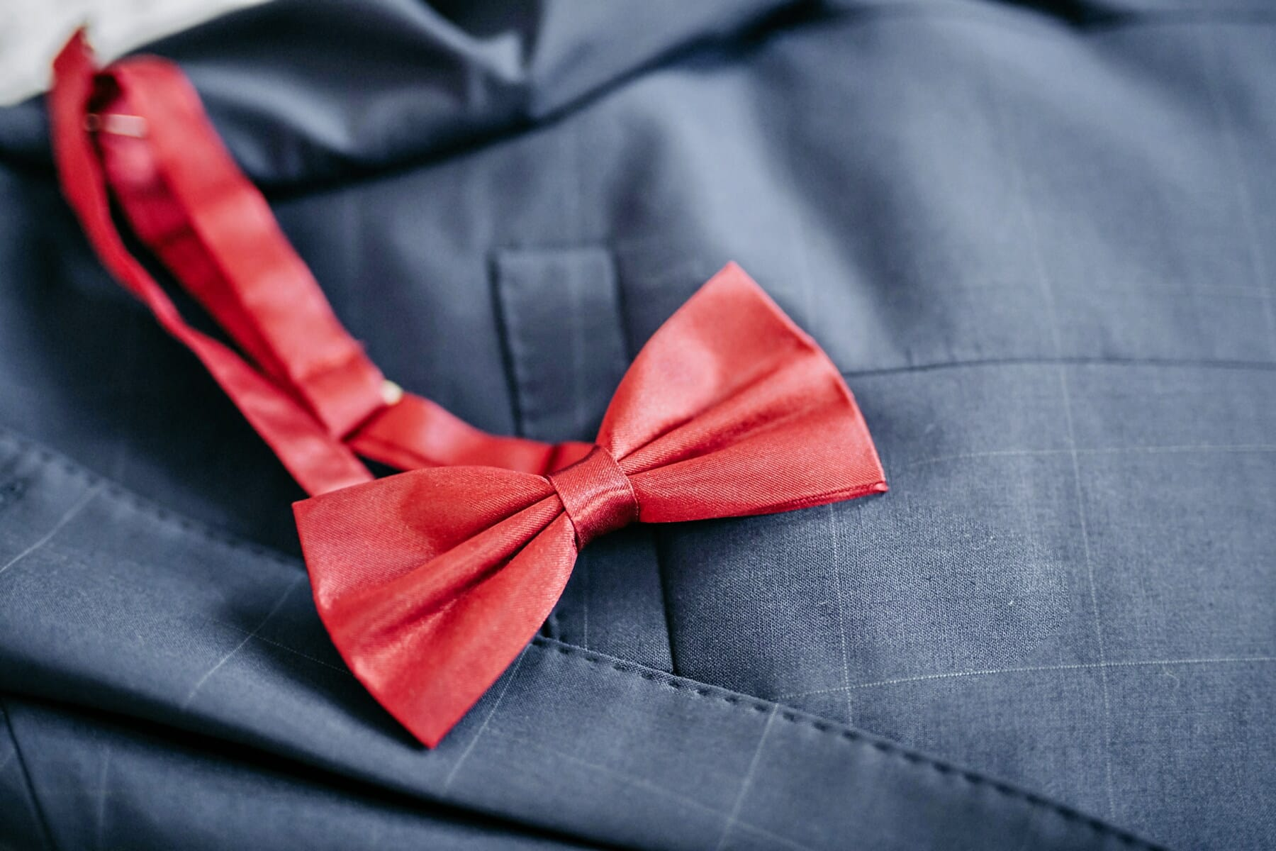 knot, red, tie, bowtie, detail, fashion, glamour, tuxedo suit, elegance, silk