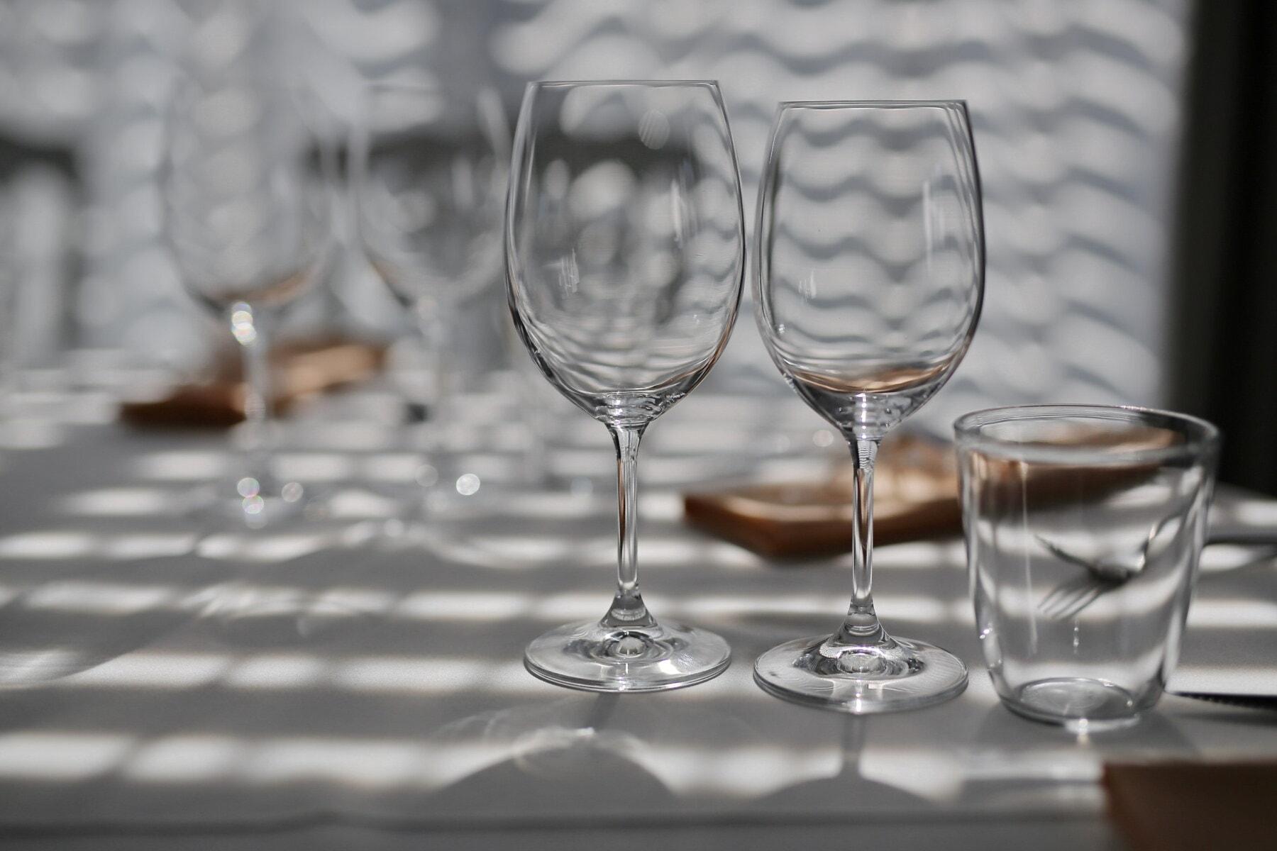 crystal, vide, verre, verrerie, nappe, table, vaisselle, ombre, lunettes, réflexion