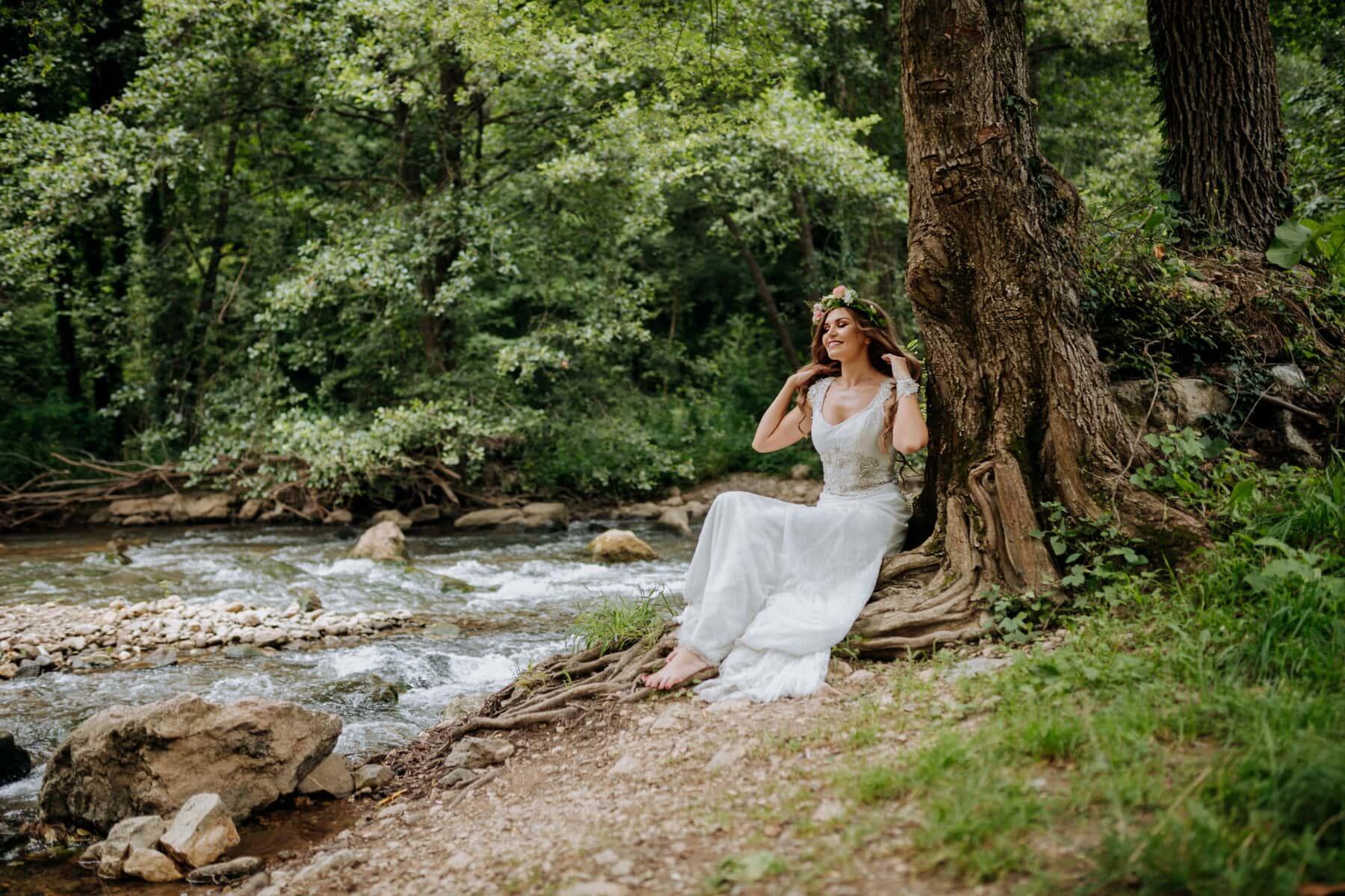 déesse, nymphe, magnifique, Jolie fille, jeune fille, bois, arbre, nature, la mariée, femme