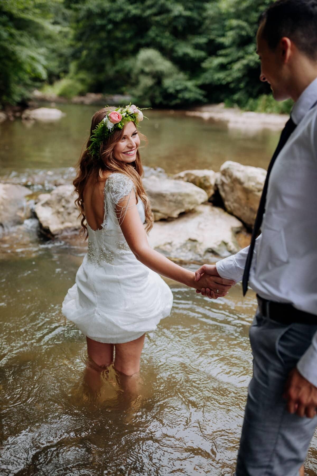 κολύμβησης, νεαρή γυναίκα, φίλος, Ποταμός, συντροφικότητα, φιλενάδα, Αγάπη, νερό, γυναίκα, φύση