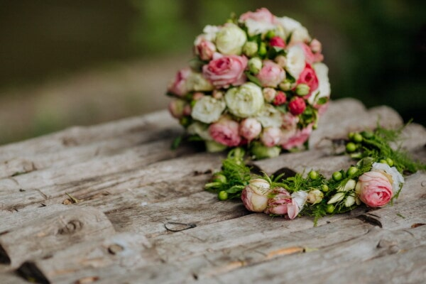 bouquet, decoration, flower, nature, rose, leaf, summer, still life, romance, engagement