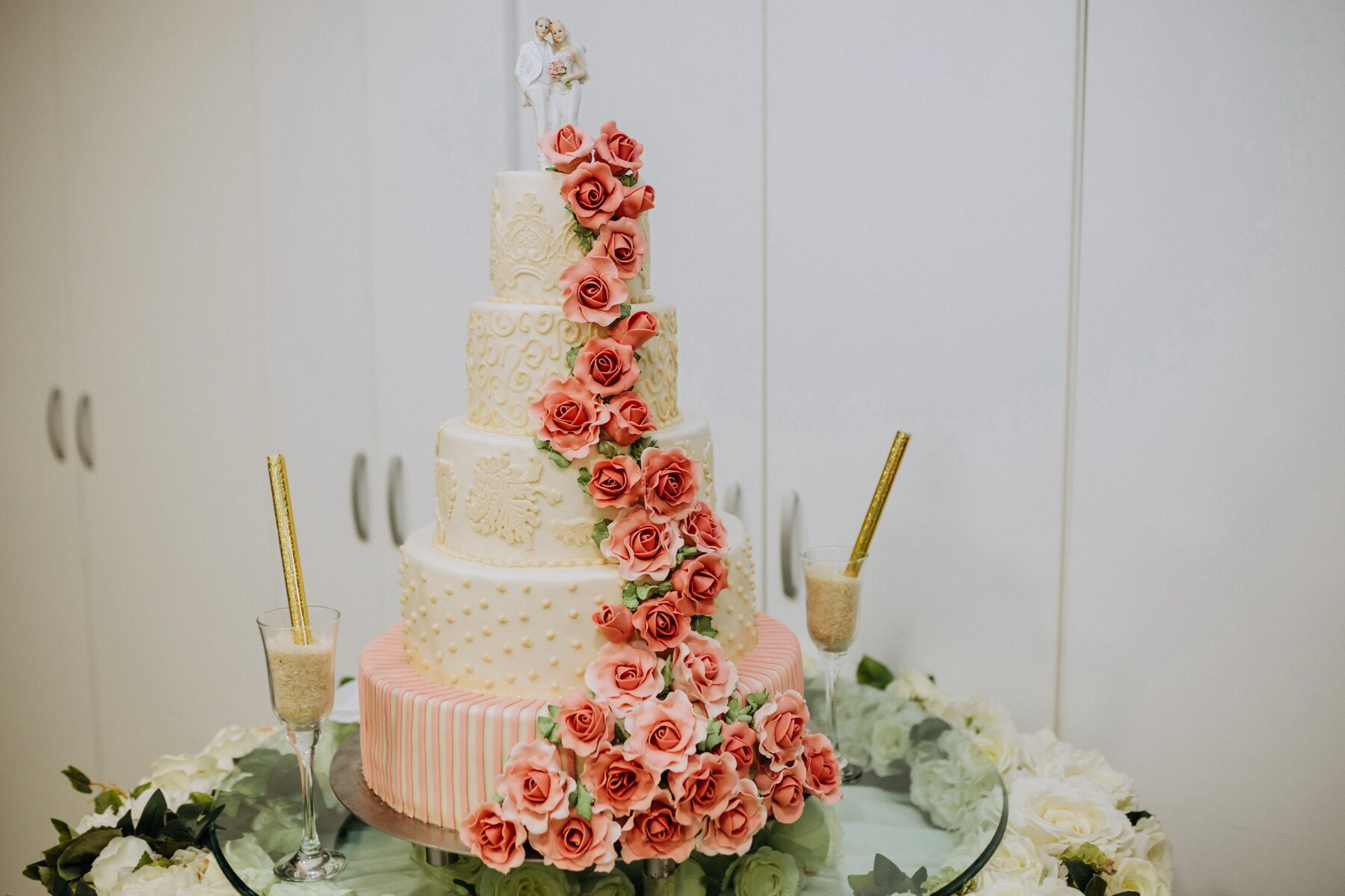 wedding cake, spectacular, decoration, cake, wedding, chocolate, candle, cream, celebration, food