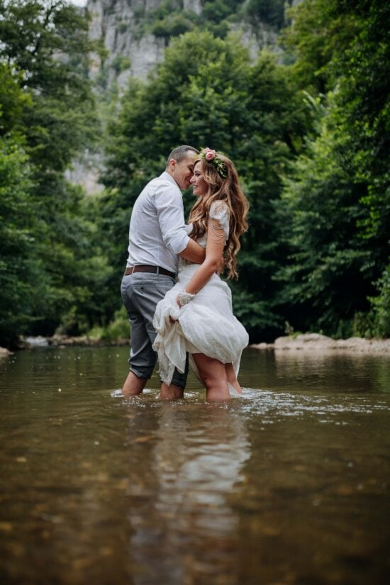lover, love, affection, tenderness, gorgeous, creek, river, standing, legs, barefoot