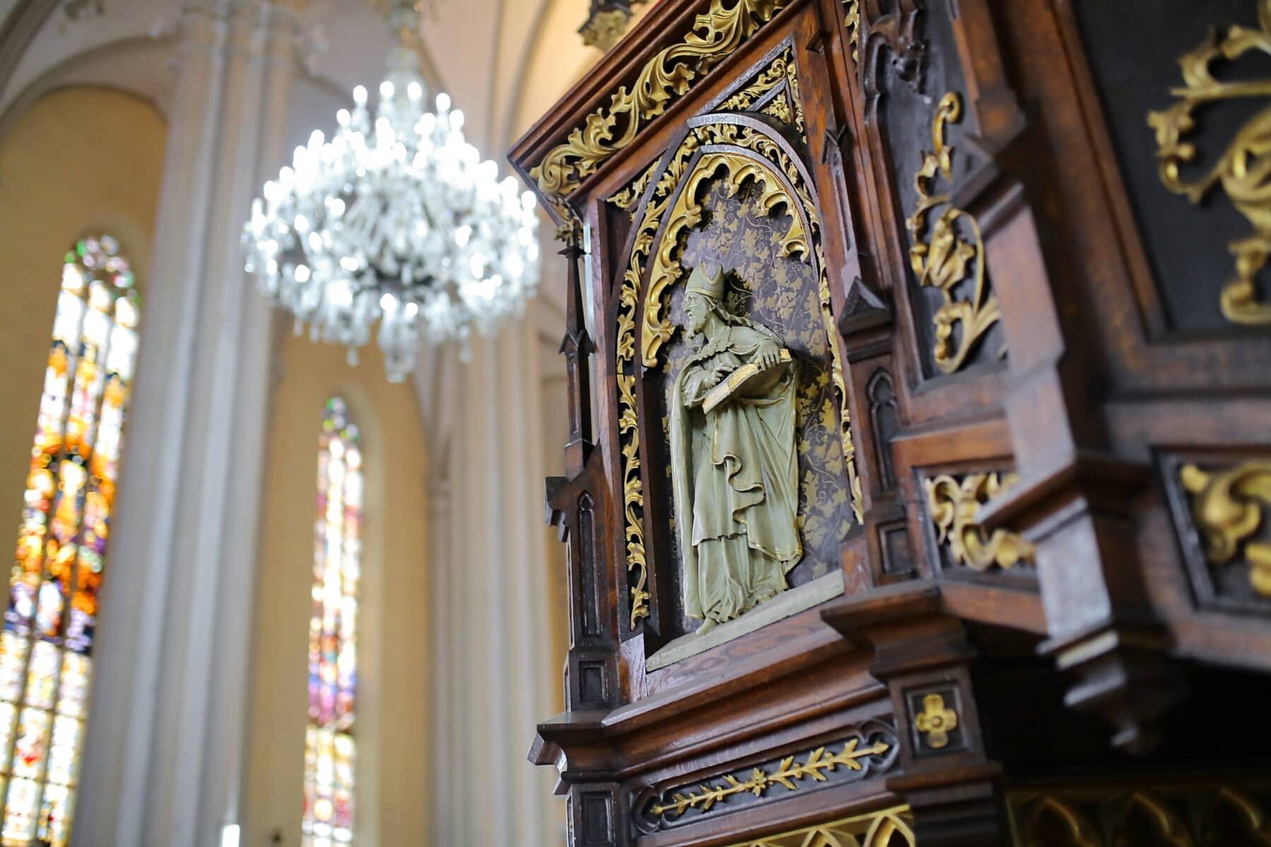 Kirche, Interieur-design, katholische, Innendekoration, Wände, Bögen, Heilige, Gebäude, Altar, Architektur