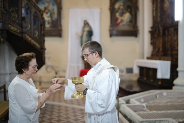holy communion, priest, cathedral, prayer, catholic, baptism, woman, elderly, Christianity, people, indoors