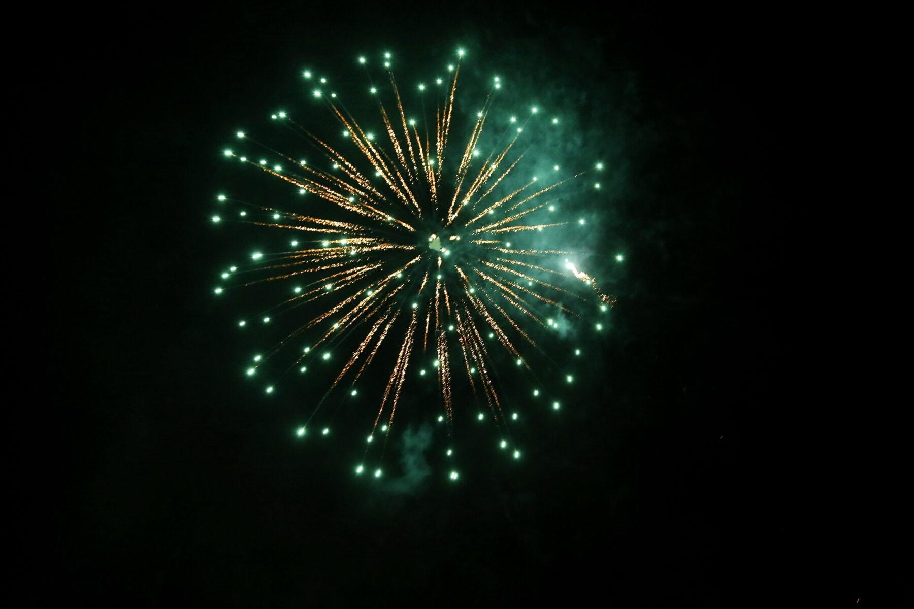 нова година, фойерверки, Искра, през нощта, нощ, зелена светлина, фестивал, празник, фойерверки, експлозия