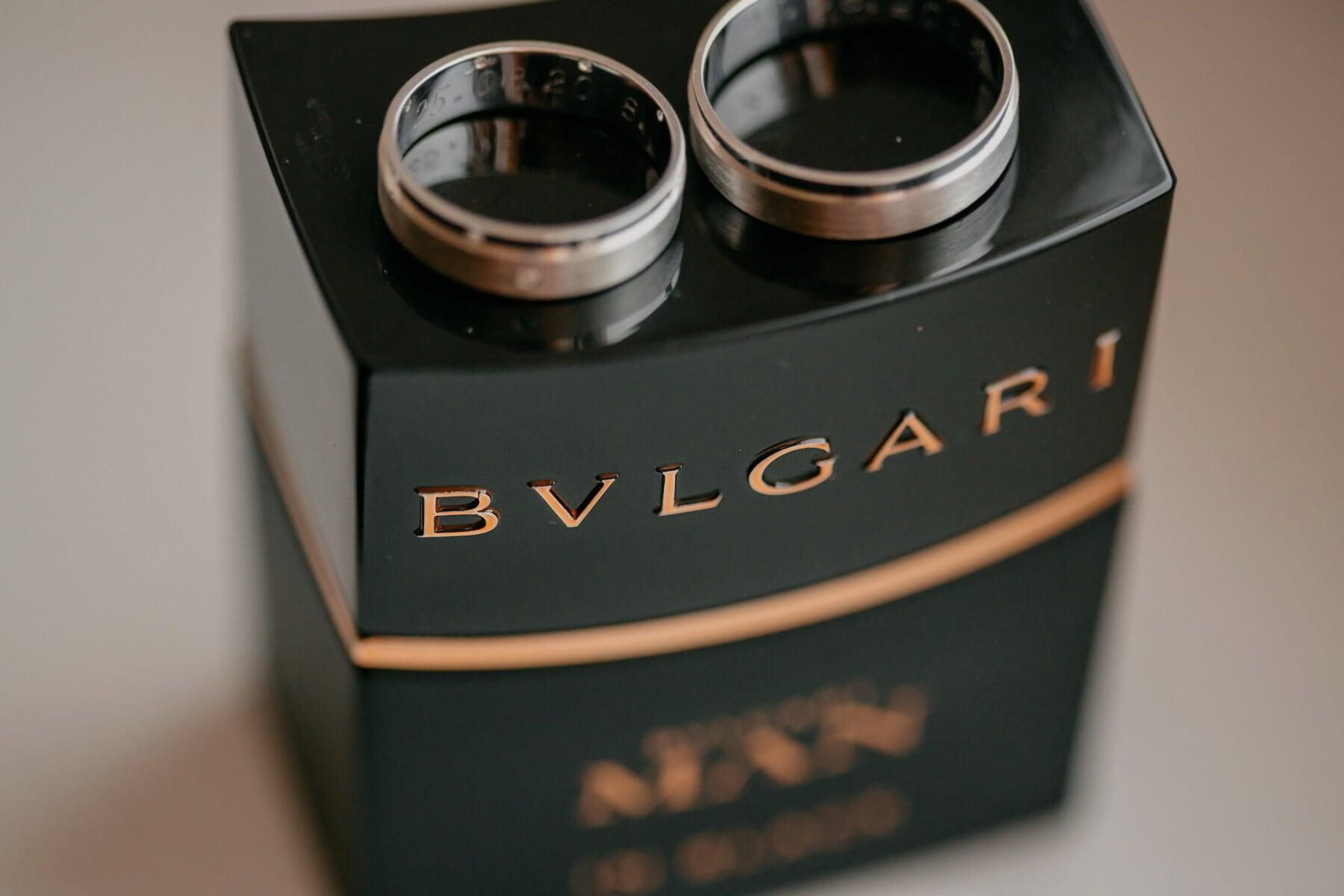 Parfüm, Lust auf, Produkt, Paket, Ehering, Hochzeit, drinnen, Klassiker, Still-Leben, Schwarz
