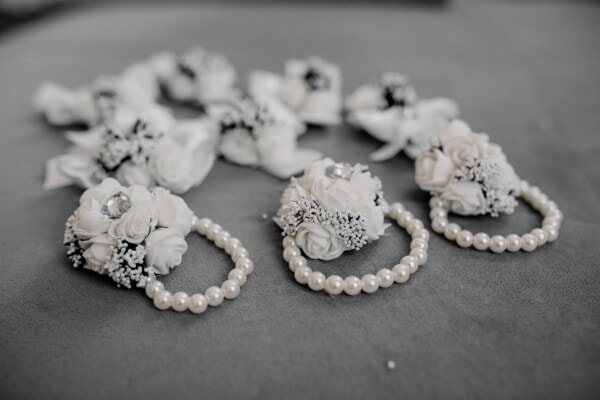 beads, bracelet, elegant, miniature, bouquet, fancy, jewelry, still life, marriage, engagement