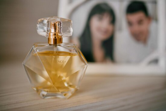 perfume, fancy, fragrance, expensive, bottle, yellowish brown, oil, blur, glass, luxury