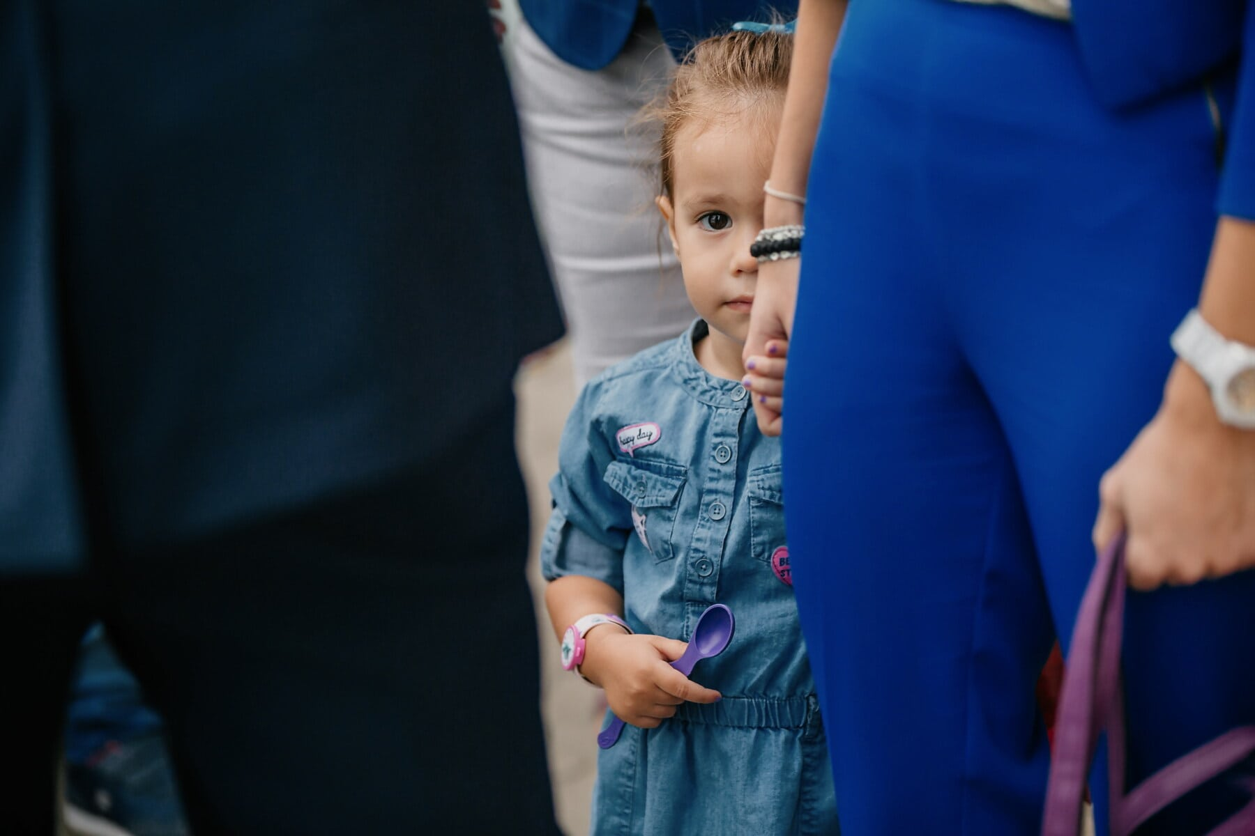 child, crowd, walking, girl, holding hands, mother, daughter, person, people, woman