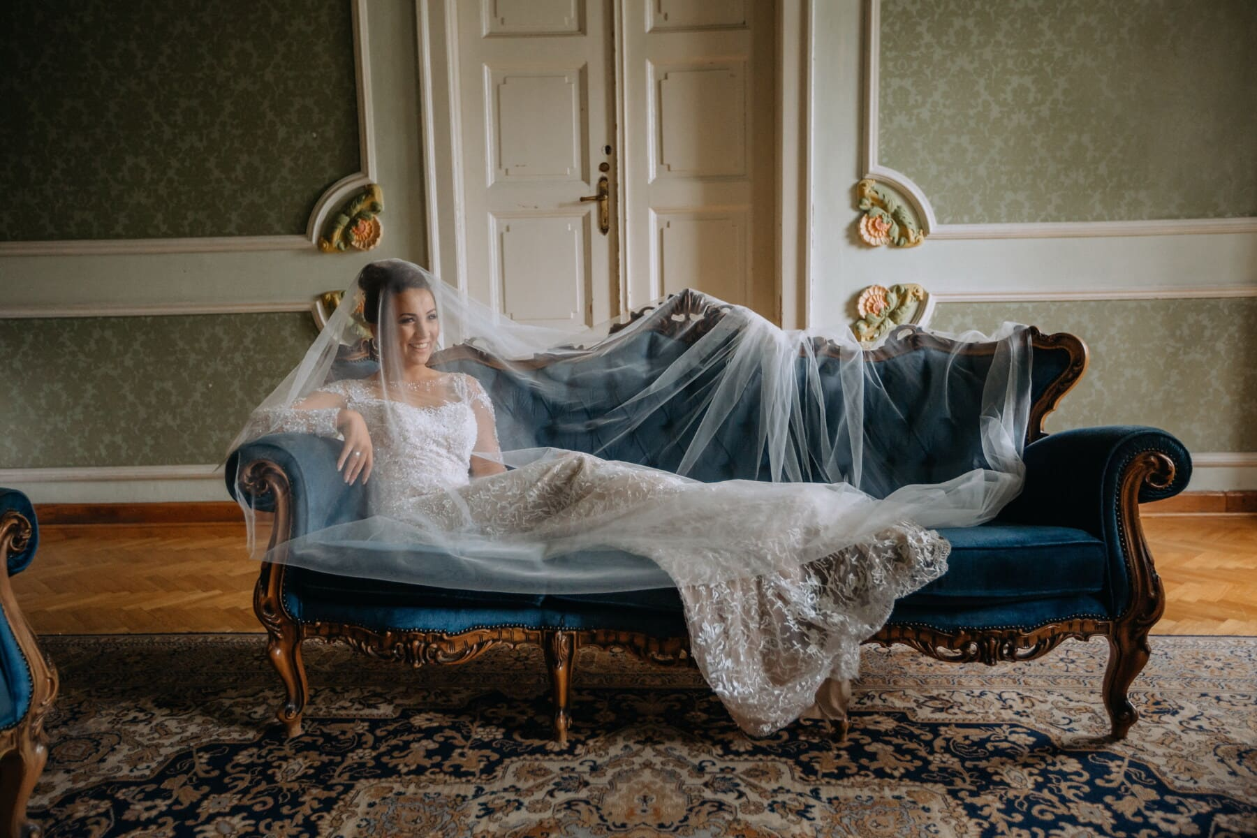 sofá, noiva, barroco, que fixa, vestido de casamento, véu, estilo de vida, fantasia, luxo, interior