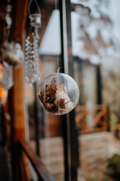 transparent, round, hanging, interior decoration, sphere, yellowish brown, yellow leaves, old, indoors, traditional