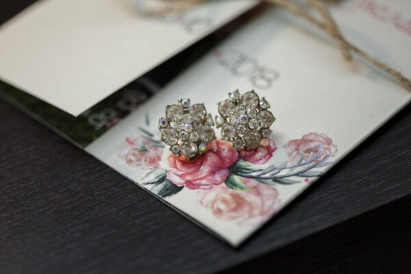 brilliant, earrings, diamond, luxury, cards, gifts, table, still life, jewelry, business