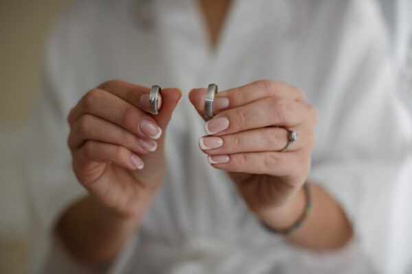 couple, wedding ring, rings, nail polish, manicure, hands, hand, finger, bride, woman