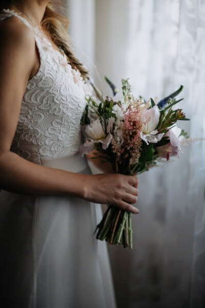 wedding bouquet, wedding dress, standing, bride, blonde hair, side view, decoration, arrangement, groom, wedding