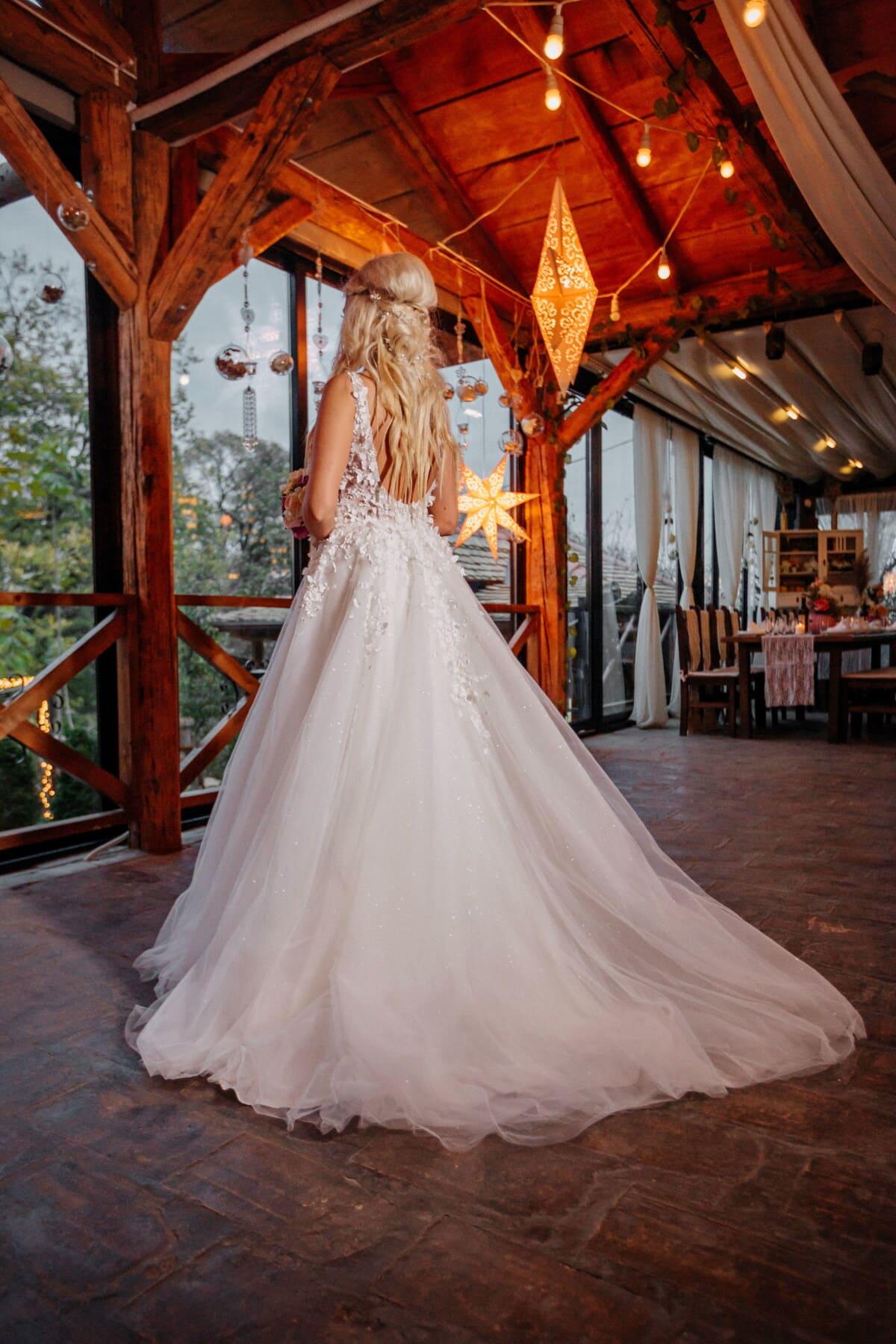 blonde, bride, posing, wedding dress, atmosphere, restaurant, cafeteria, marriage, love, groom