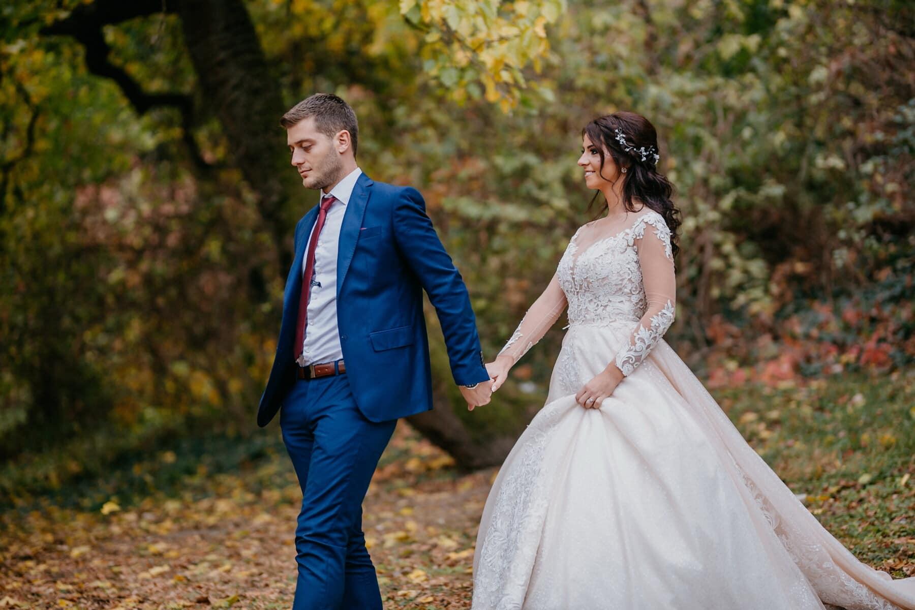 magnifique, princesse, la mariée, Beau, jeune marié, nature, marche, sentier de la forêt, mariage, marié