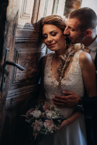 entrance, front door, just married, kiss, tenderness, neck, bride, portrait, wedding, groom