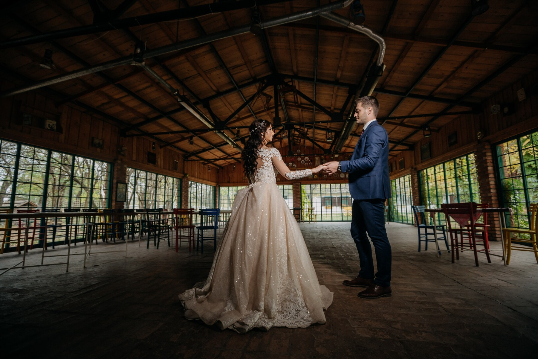 love date, hall, empty, warehouse, holding hands, man, young woman, girl, love, wedding