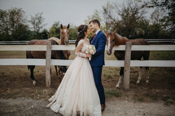 bride, farmland, wedding venue, farmer, horses, ranch, groom, couple, married, wedding