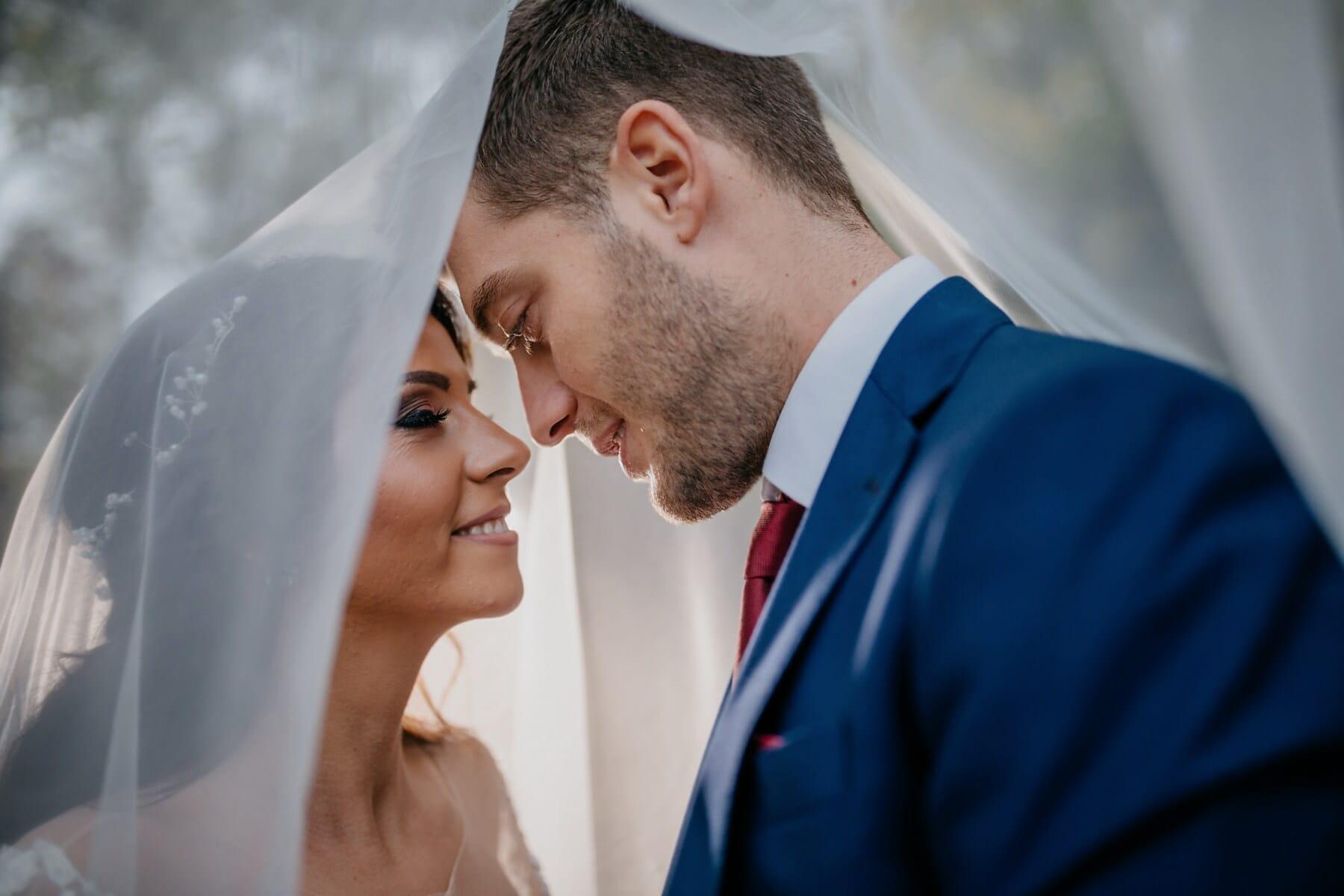 baard, bruidegom, kus, bruid, onder, emotie, sluier, trouwjurk, persoon, bruiloft