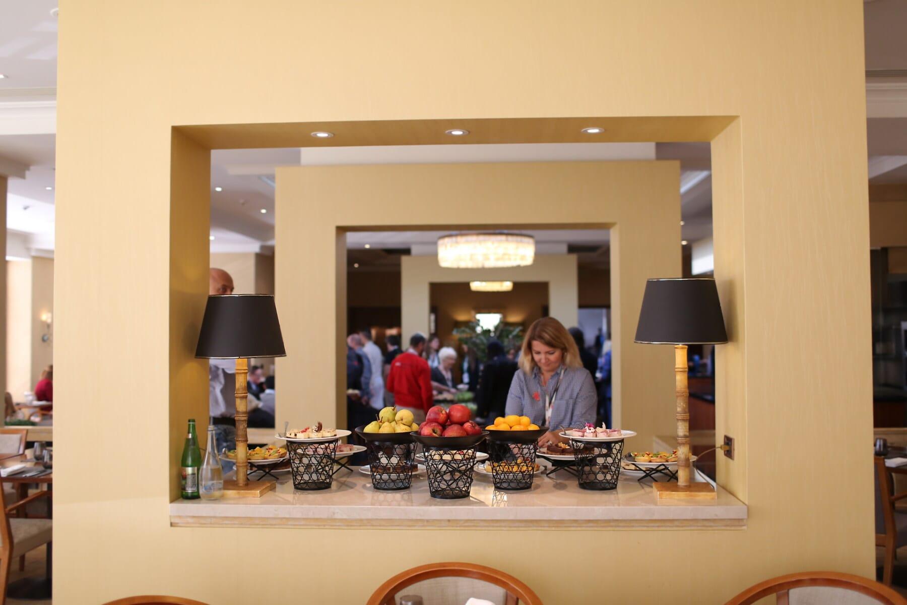 ホテル, ビュッフェ式, バンケット, カフェテリア, 人々, 廊下, ダイニング エリア, ランチルーム, 群衆, テーブル