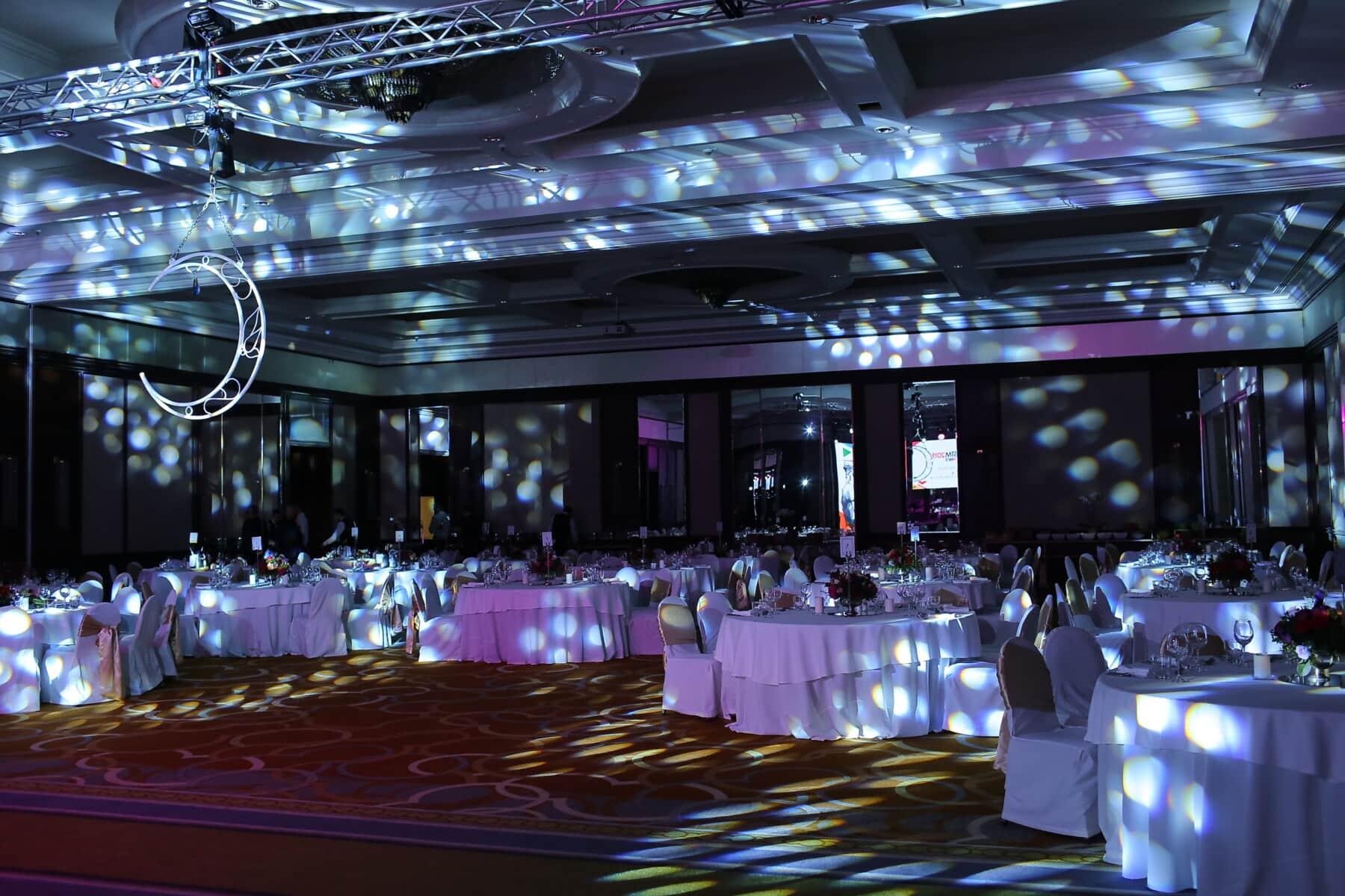 Hotel, Nachtclub, Lust auf, leere, Spotlight, Luxus, Esstisch, Halle, Licht, drinnen